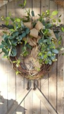Awesome Christmas Wreath Decoration Ideas For Your Home 47