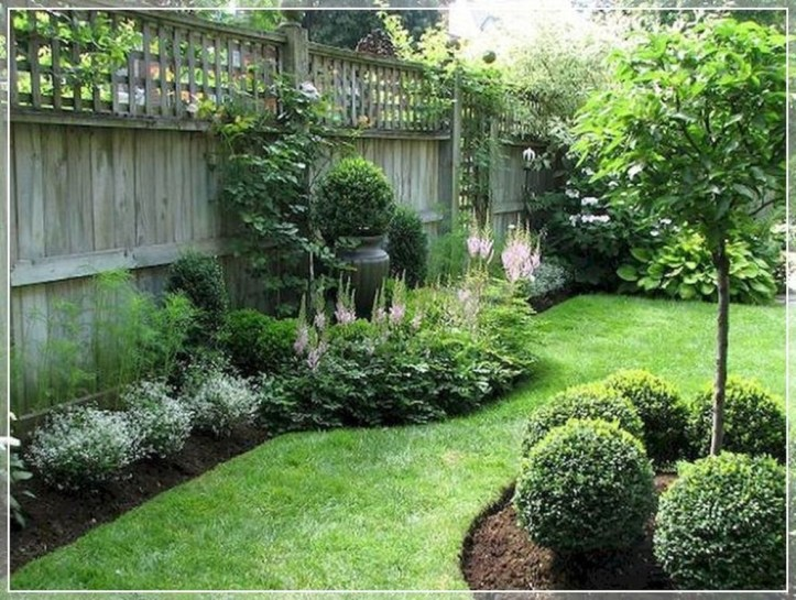 Beautiful Front Yard Landscaping Ideas 19