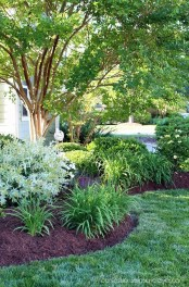 Beautiful Front Yard Landscaping Ideas 23