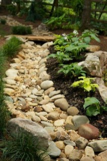 Beautiful Front Yard Landscaping Ideas 46