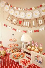 Charming Dining Room Decor Ideas For Valentines Day 30