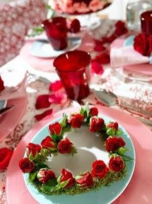 Cute Table Setting Ideas For Valentines Day 29
