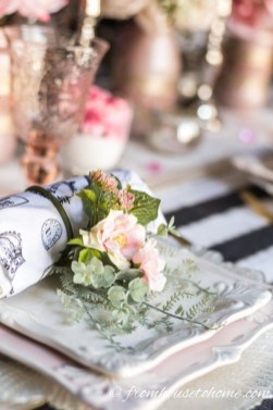 Cute Table Setting Ideas For Valentines Day 36