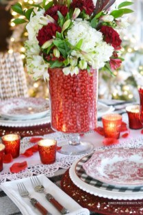Cute Table Setting Ideas For Valentines Day 44