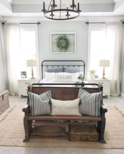 Stylish Farmhouse Bedroom Decor Ideas 53