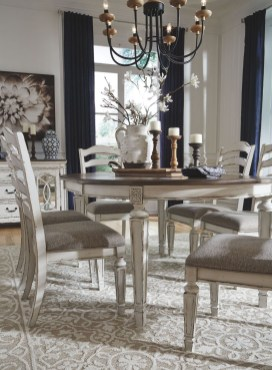 Amazing French Country Dining Room Table Decor Ideas 23