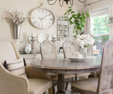 Amazing French Country Dining Room Table Decor Ideas 32