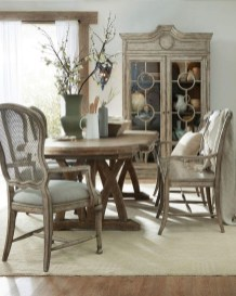 Amazing French Country Dining Room Table Decor Ideas 37