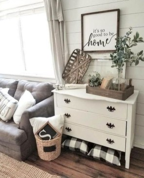 Lovely Farmhouse Living Room Decor Ideas 31