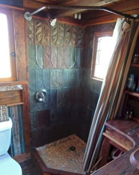 Perfect Tiny House Bathroom Design Ideas 24