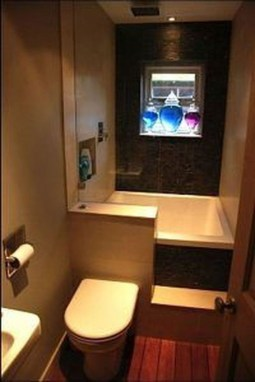 Perfect Tiny House Bathroom Design Ideas 34