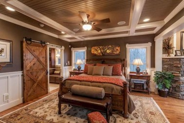 Pretty Farmhouse Master Bedroom Decorating Ideas 02