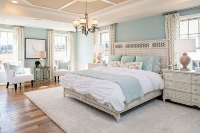 Pretty Farmhouse Master Bedroom Decorating Ideas 09