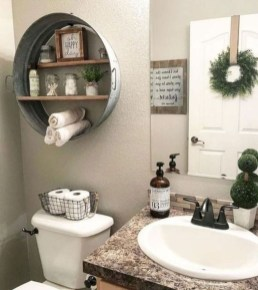 Wonderful Farmhouse Bathroom Decor Ideas 18