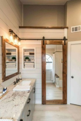 Wonderful Farmhouse Bathroom Decor Ideas 44