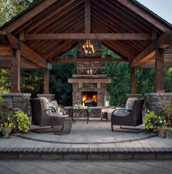 Wonderful Outdoor Fireplace Design Ideas 06