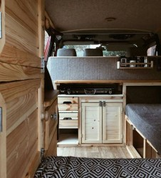 Wonderful Rv Camper Van Interior Decorating Ideas 03