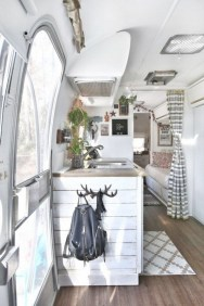 Wonderful Rv Camper Van Interior Decorating Ideas 16