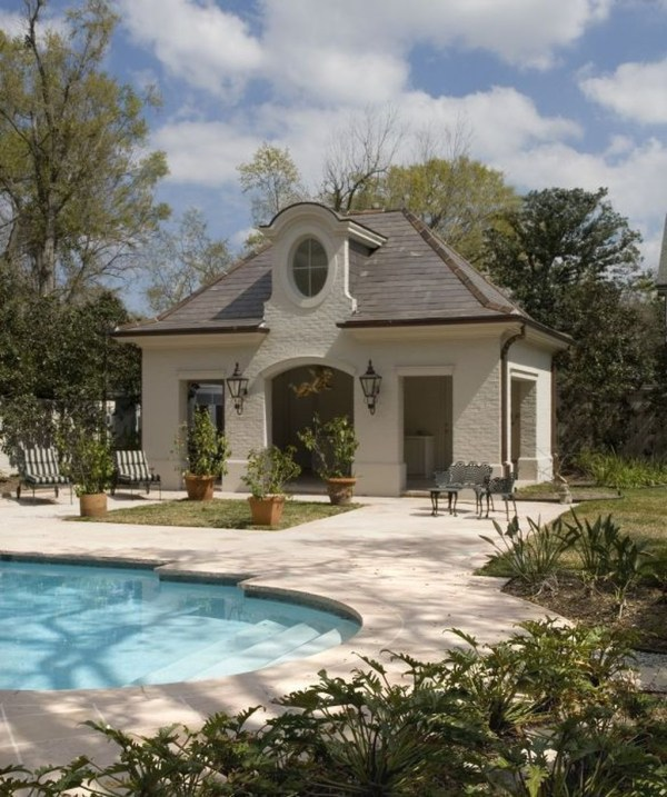 Awesome French Country Exterior Design Ideas For Home 25