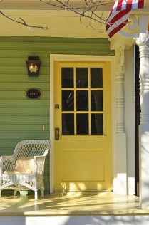 Flawless Exterior House Paint Ideas With Yellow Colors 01