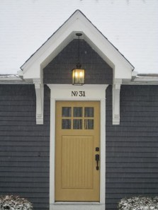Flawless Exterior House Paint Ideas With Yellow Colors 42