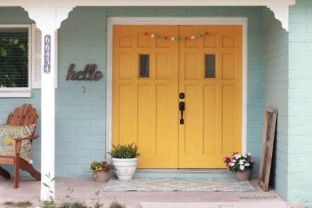 Flawless Exterior House Paint Ideas With Yellow Colors 47
