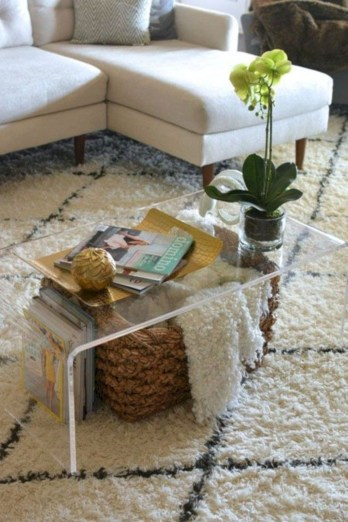Marvelous Glass Coffee Tables Ideas For Living Room 25