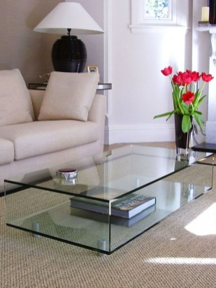 Marvelous Glass Coffee Tables Ideas For Living Room 27