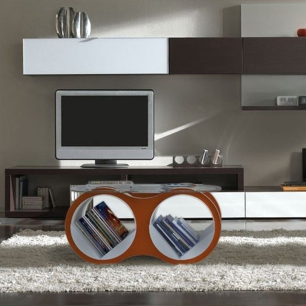 Marvelous Glass Coffee Tables Ideas For Living Room 39