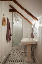 Modern Attic Bathroom Design Ideas 14