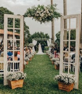Newest Backyard Wedding Decor Ideas 37
