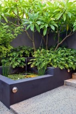Stunning Front Yard Courtyard Landscaping Ideas 42