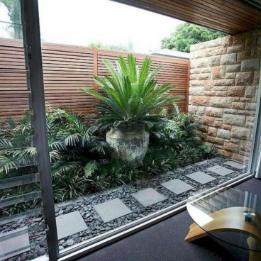 Stunning Front Yard Courtyard Landscaping Ideas 46