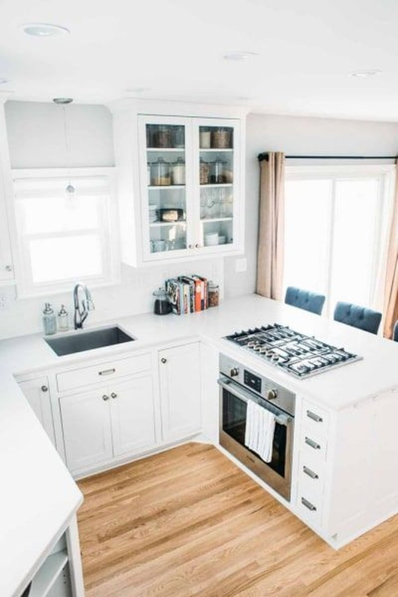 Stunning Small Kitchen Design Ideas For Home 40