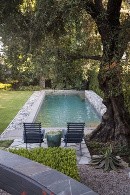 Amazing Natural Small Pools Design Ideas For Backyard 42