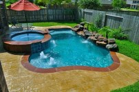 Amazing Natural Small Pools Design Ideas For Backyard 45