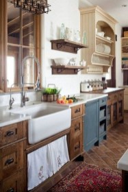 Attractive Kitchen Decorating Ideas With Farmhouse Style 10