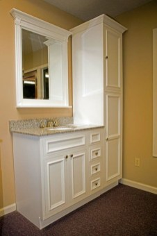 Gorgeous Small Bathroom Remodel Ideas On A Budget 19