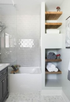 Gorgeous Small Bathroom Remodel Ideas On A Budget 46