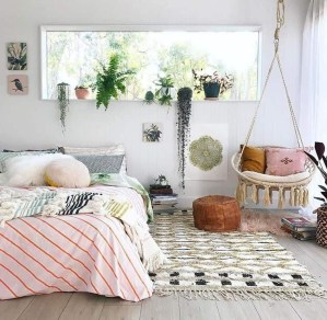 Minimalist Bedroom Decorating Ideas For Small Spaces 07