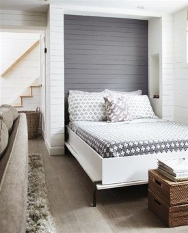 Minimalist Bedroom Decorating Ideas For Small Spaces 26