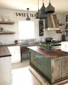 Stunning Country Farmhouse Design Ideas For Kitchen 29