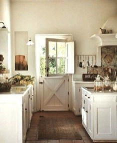 Stunning Country Farmhouse Design Ideas For Kitchen 32