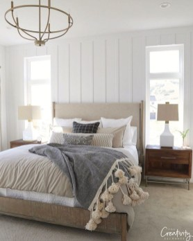 Best Master Farmhouse Bedroom Ideas 24