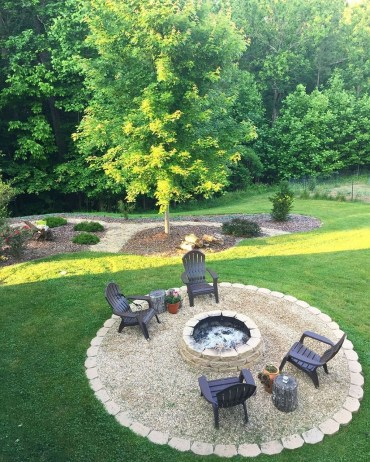 Creative Build Round Firepit Area Ideas For Summer Nights 29