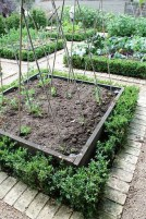 Fancy Garden Bed Borders Ideas For Vegetable And Flower 13