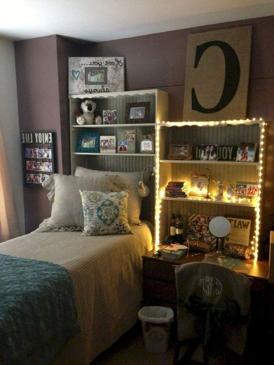 Inexpensive Bedroom Organization Ideas On A Budget 34