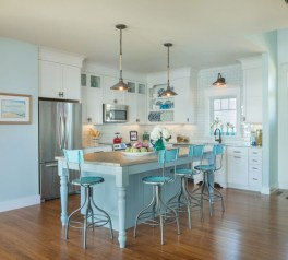 Atttractive Coastal Kitchen Design Ideas That Always Look Great 21