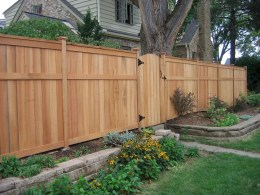 Charming Privacy Fence Ideas For Gardens 27