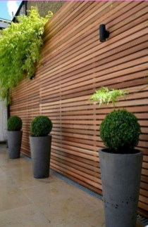 Cool Garden Fence Decoration Ideas To Try This Year 34